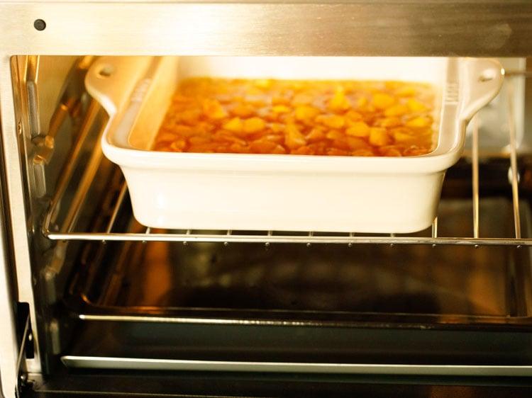 making peach cobbler recipe