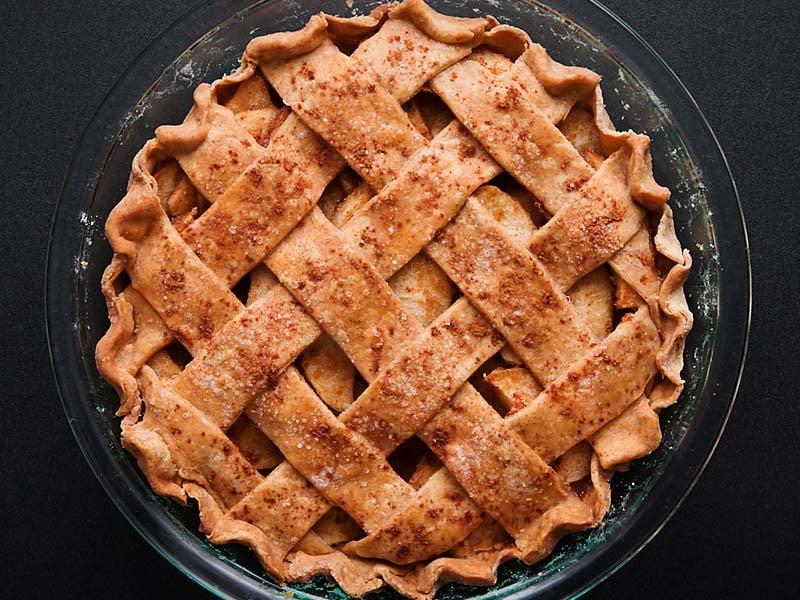 baked homemade apple pie