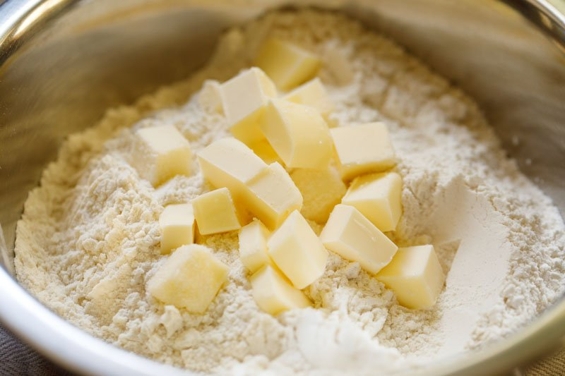 butter cubes added to dry ingredients