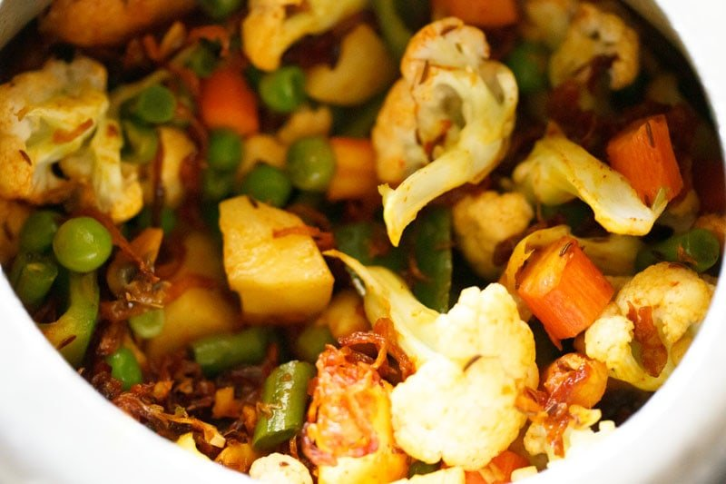 Top shot of mixed veggies in pressure cooker