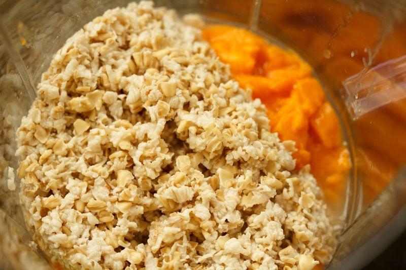 soaked oats added in blender