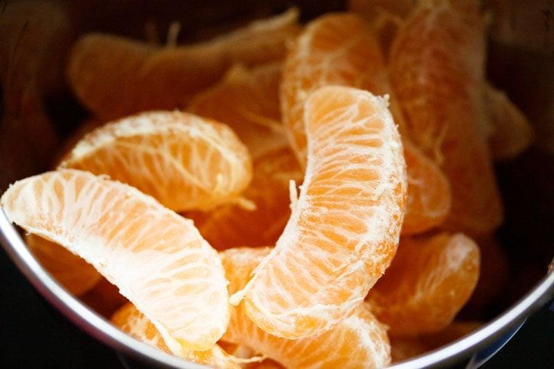peeled oranges segments a in blender