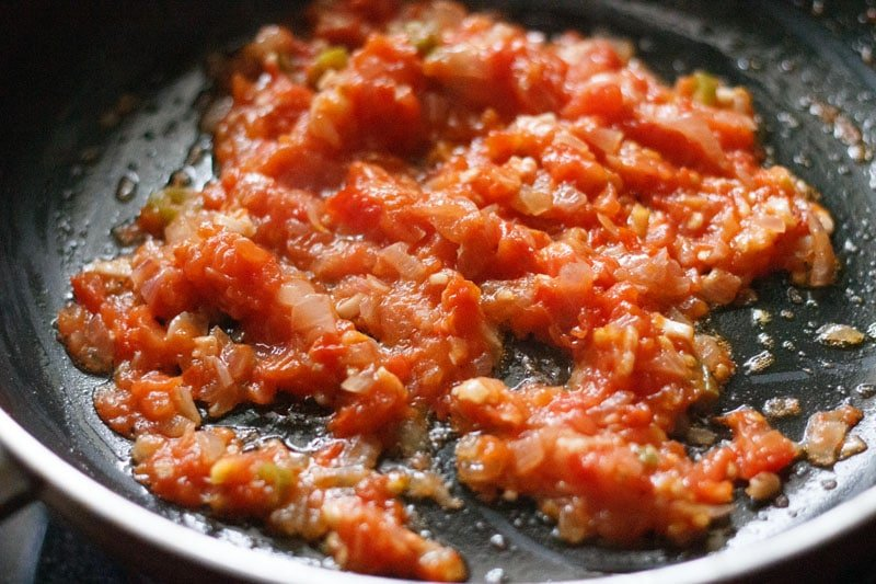tomatoes cooked in the pan