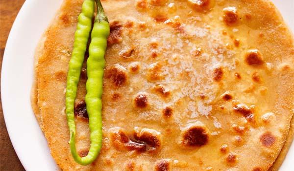 Gobi Paratha (Cauliflower Stuffed Flatbread)