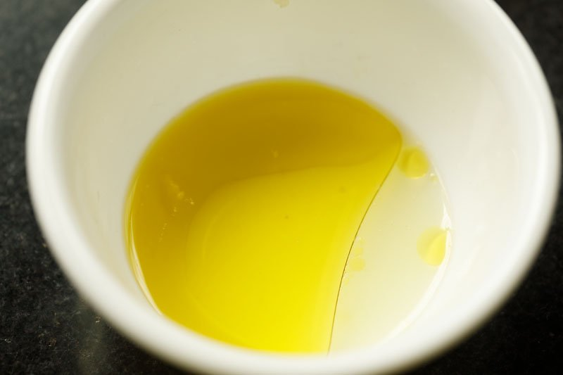 olive oil and lemon juice in a small mixing bowl